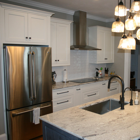 White & Blue Stain Island - Mouser Cabinetry
