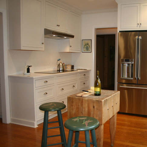 All White Kitchen - Inset Mouser Cabinet