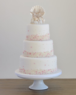 beach pearl wedding cake