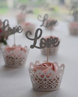 mini cupcakes love