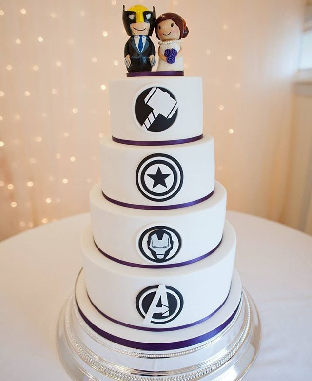 marvel wedding cake