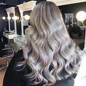 Ash Blond Soft Waves
