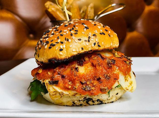 evoo burger.jpg