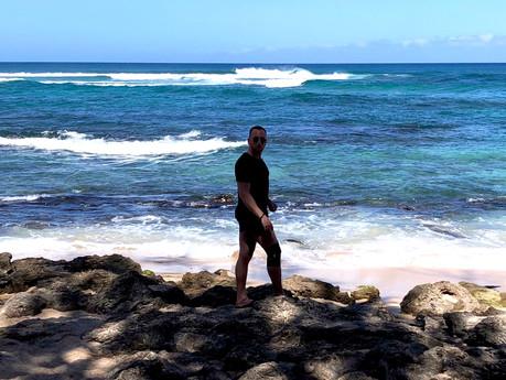 I BROKE MY LEG IN HAWAII.