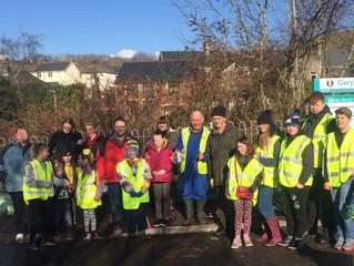 Over 60 Residents Unite for Community Litter Pick