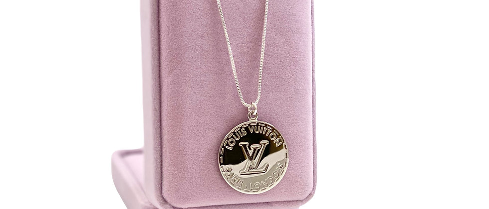 Repurposed Louis Vuitton XL Sterling Silver LV Monogram RARE Charm Necklace