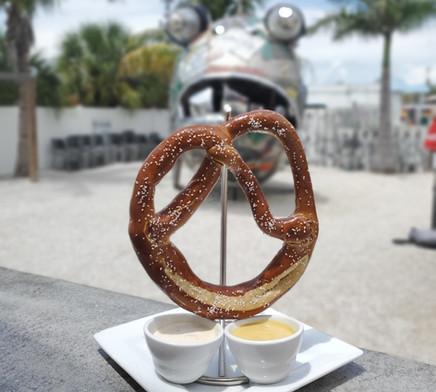 pretzel_edited.jpg