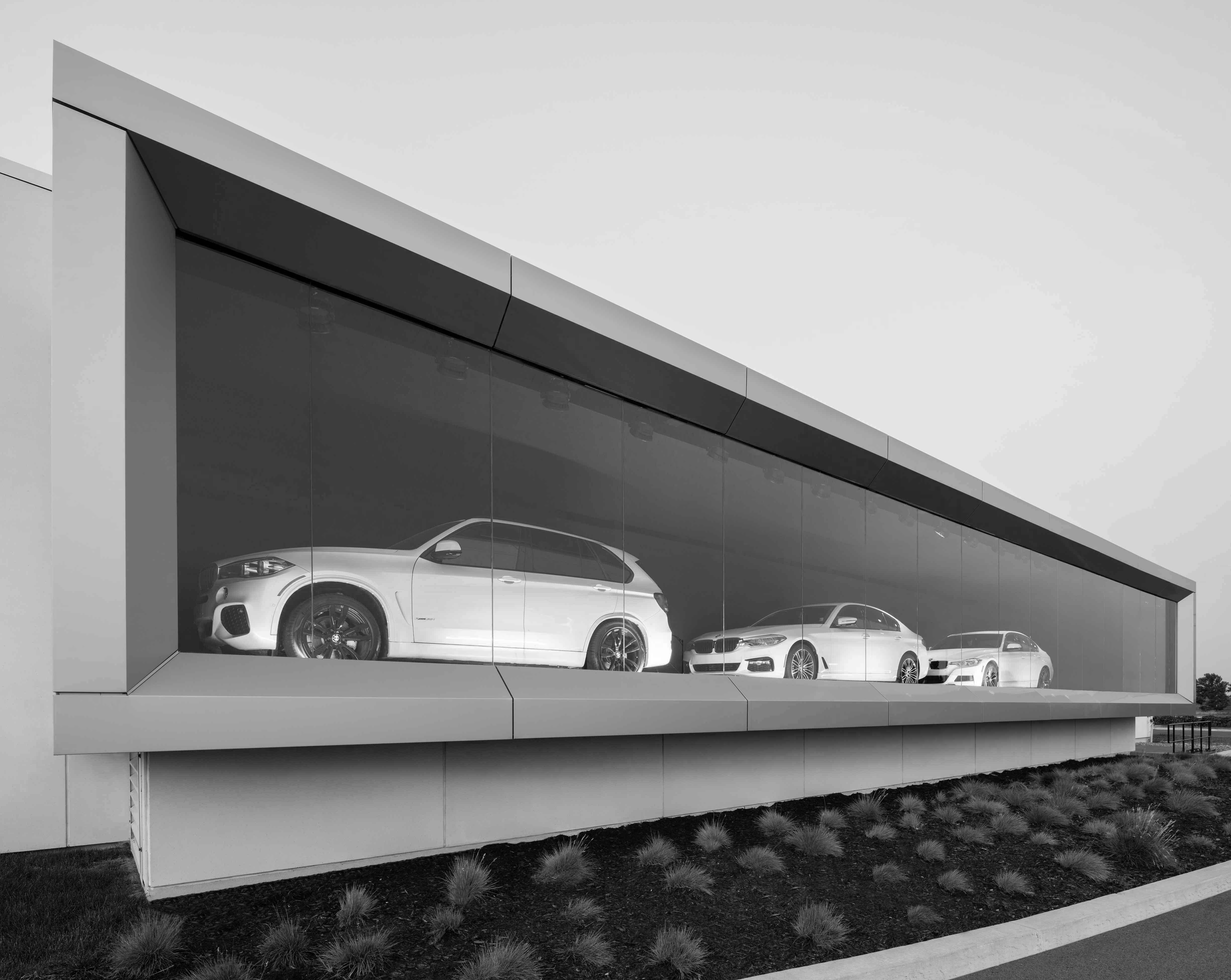 BMW_presentoir_n&b