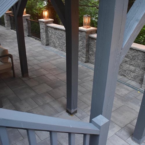 Custom patio and railing/post painting