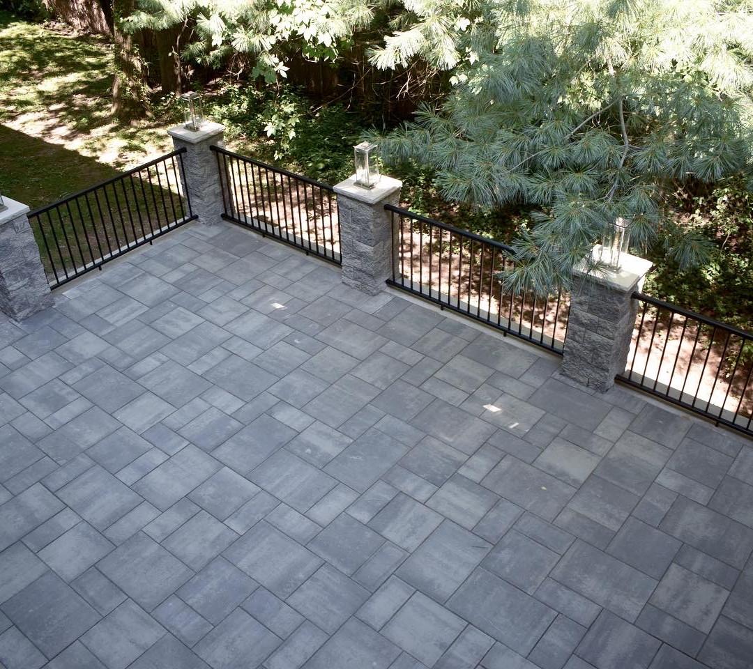 Custom Patio/enclosure- day view