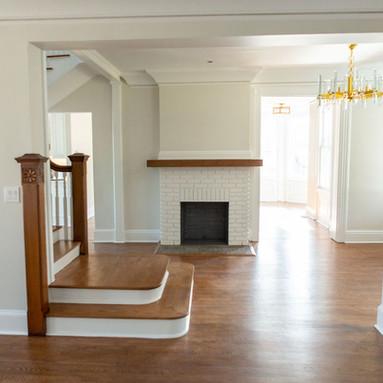 Foyer (left side)