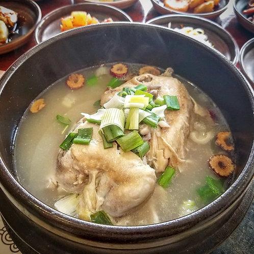 Ginseng Samgyetang (Cooked) | 삼계탕