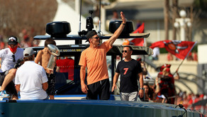 Tom Brady Cruises to Super Bowl Parade in His Own Yacht