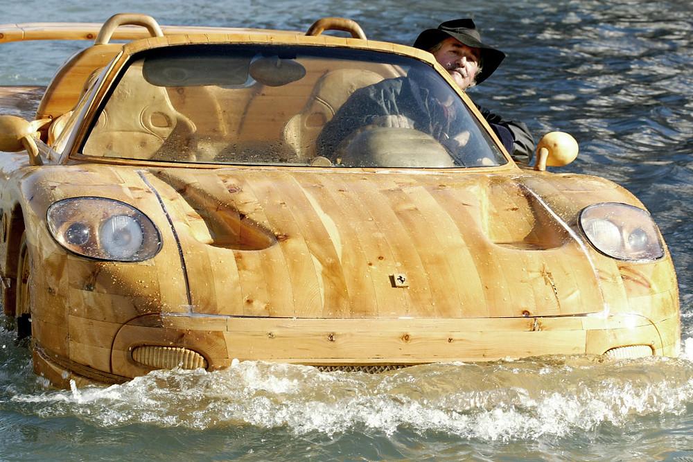 Livio de Marchi Ferrari boat