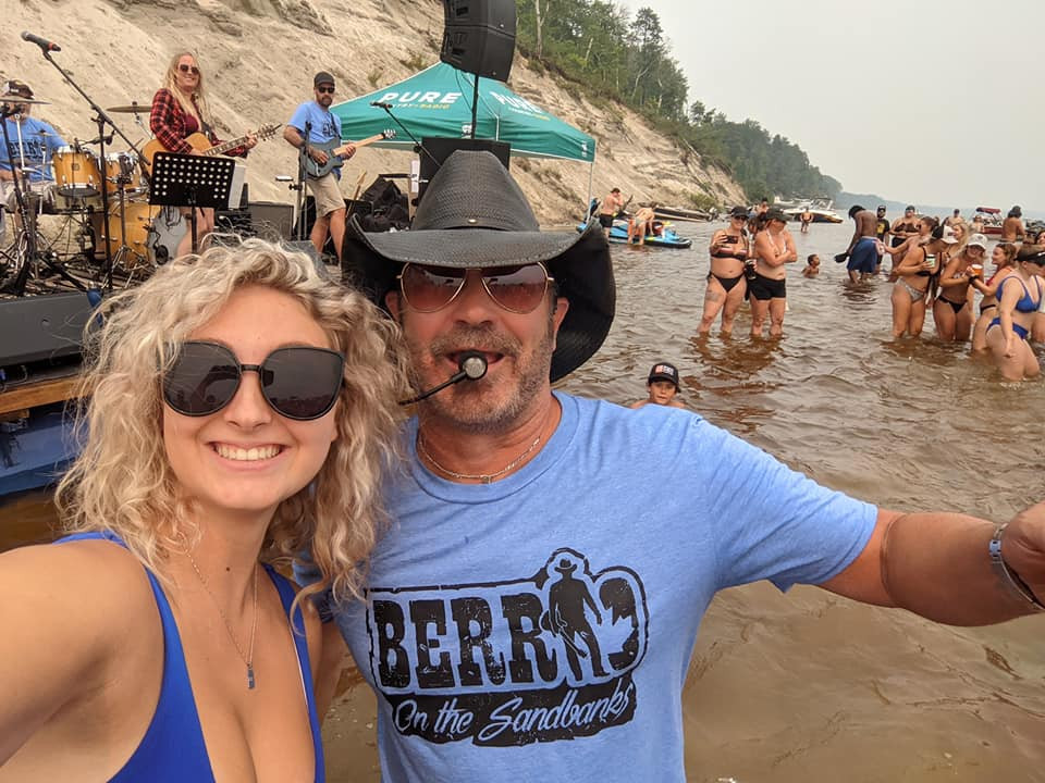 Berrio On The Sandbanks concert