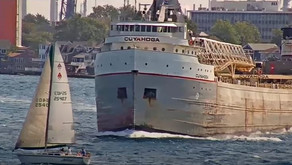 Near Miss on Great Lakes Shows Importance of Knowing Right of Way