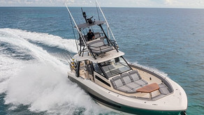 Inside Boston Whaler's 420 Outrage 50th Anniversary Edition
