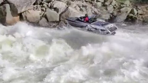 Watch This Insane Jet Boat Run Up the Payette River in Idaho