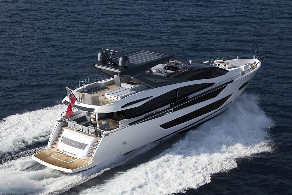 2021 Sunseeker 88 Yacht