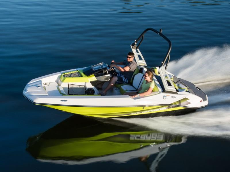 Scarab 165 Impulse cruising