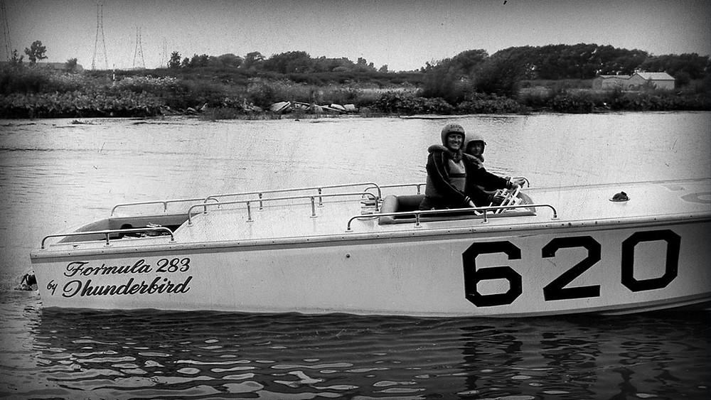 The Formula 283 Thunderbird