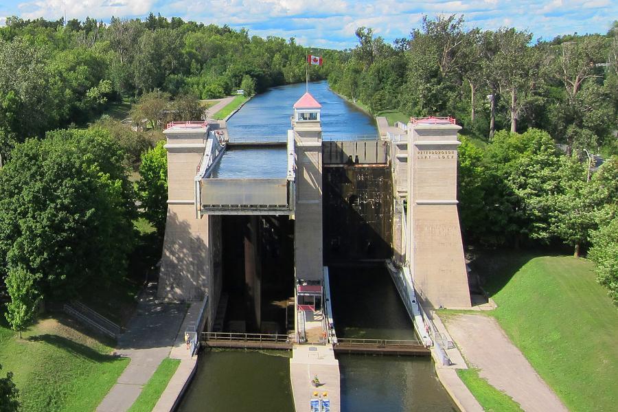 Peterborough Lift Lock on Trent-Severn Waterway
