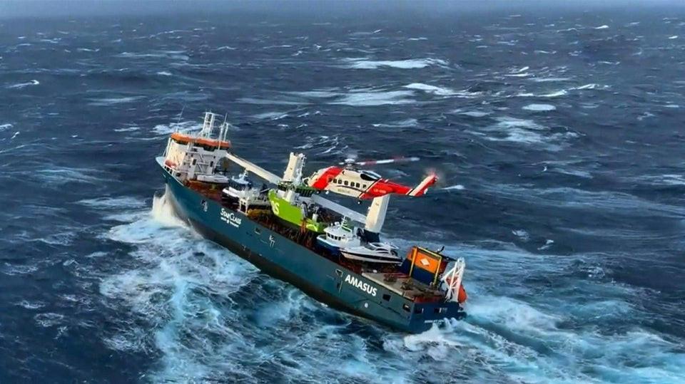 cargo ship Eemslift Hendrika rescue