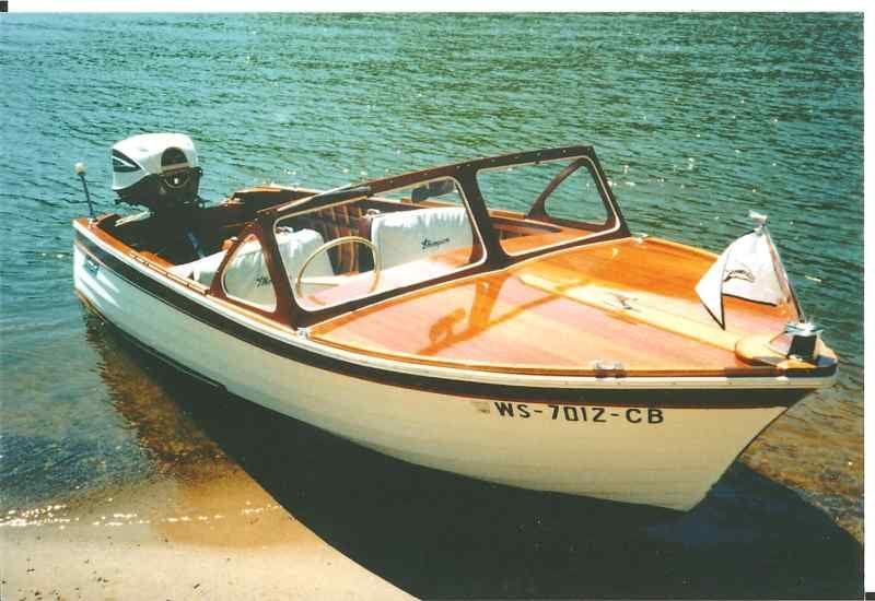 1961 Thompson Lap Strake Sea Coaster