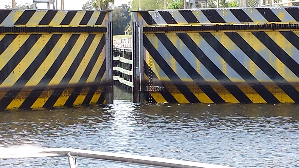 Boating across Florida lock system