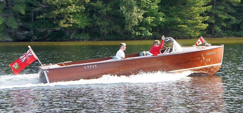 Muskoka wooden boat 1962 Duke Utility 21