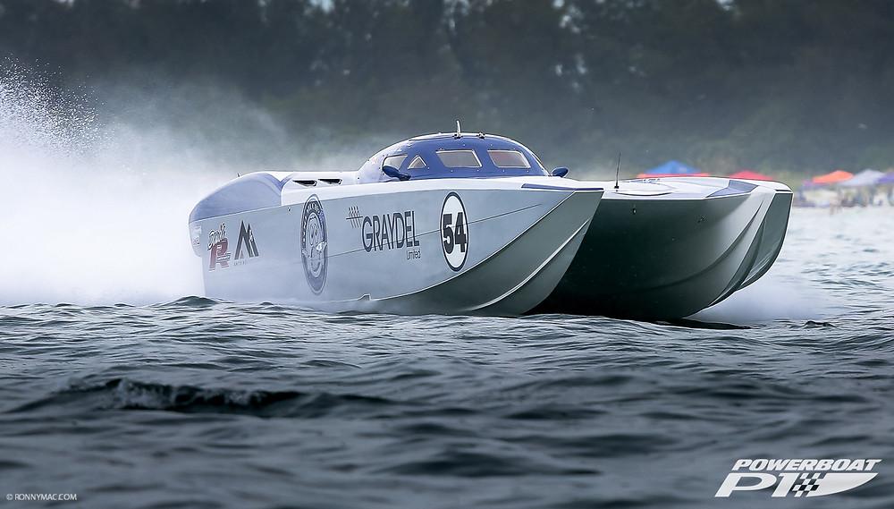 The CJ Grant/Team Graydel 42-foot, twin-engine MTI Super Cat