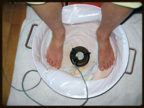 In the Ionic Detox Footbath, toxins are drawn from the body through the feet promoting a stronger & clearer body