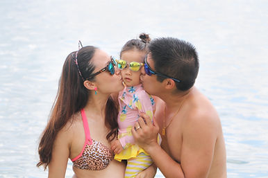Family beach shoot 2019-19.jpg
