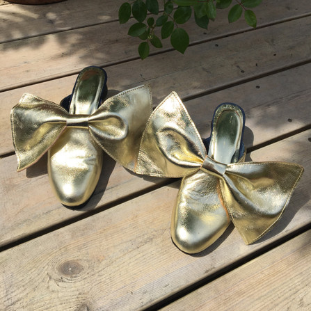 GOLD SHOES.jpg