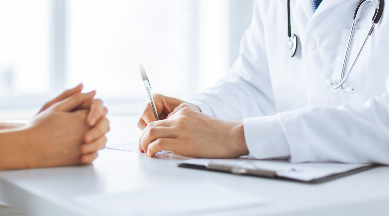 patient consults with pharmacist