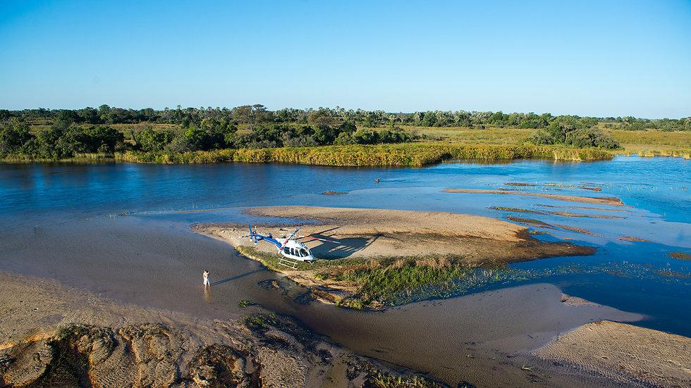 HelicopterHorizons_Botswana_(c)www.marcs