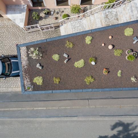 9. Garagengarten