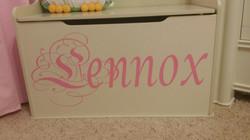 Lennox toy box