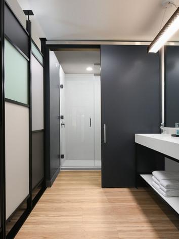 aloft Glade Park - Bathroom