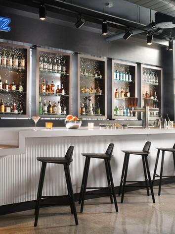 aloft Glade Park - WXYZ® Bar
