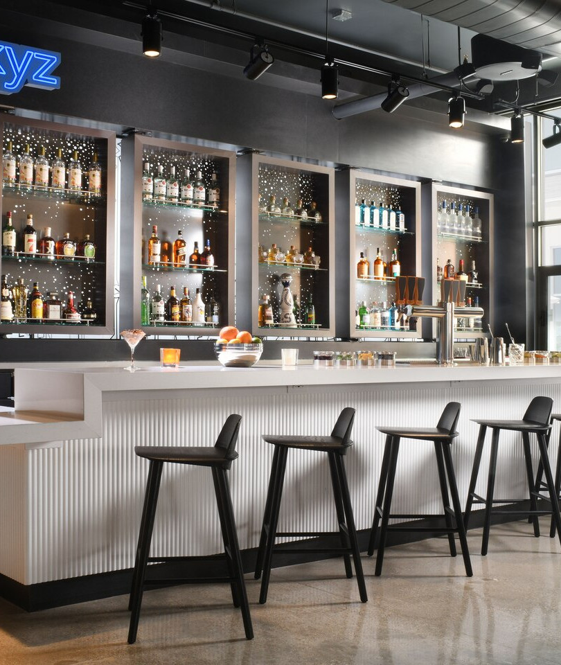 aloft Glade Park - WXYZ® Bar