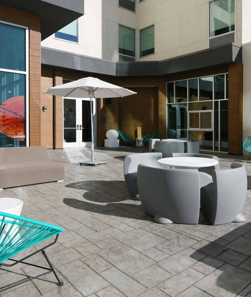 aloft Glade Park - Backyard Patio