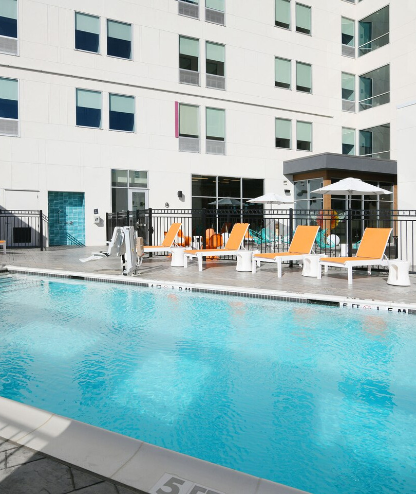 aloft Glade Park - Splash Outdoor Pool