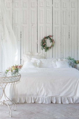 White bed linen coordination