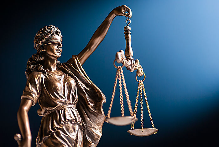 bronze-figurine-of-lady-justice-with-her
