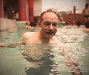 piscine-vacances-montagne.jpeg
