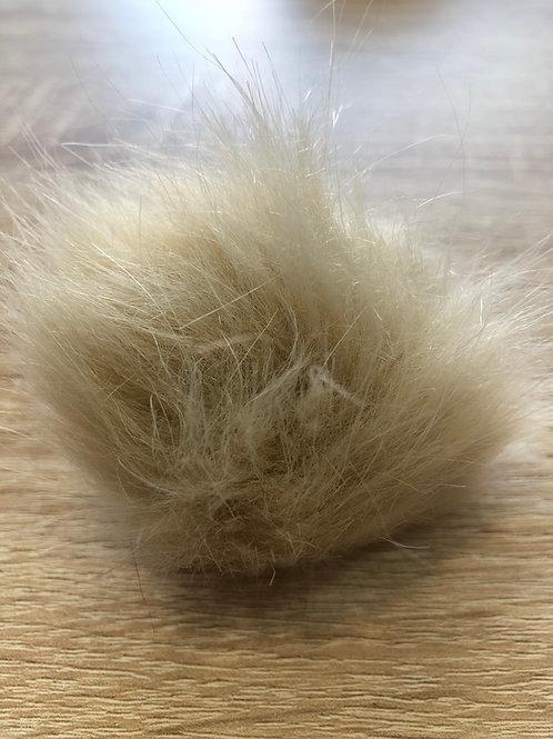 Pompones de pelo sintético