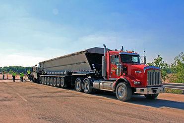Heavy-Haul-Trucking-Company.jpg