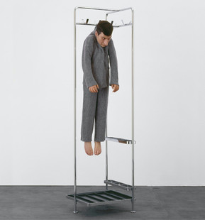 27 Marzo   Oggetto: Art at Times… Reflects on Itself: Maurizio Cattelan
