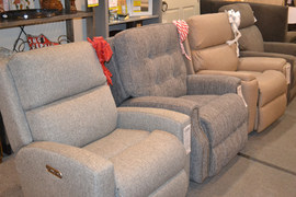 Ready for the Holidays! Get the gift of comfort with one of these Flexsteel Recliners